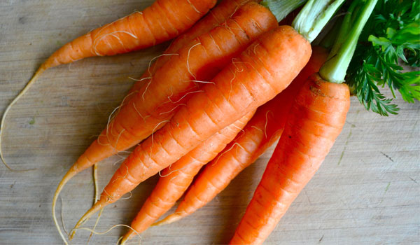 Carrot - Home Remedies for Glowing Skin
