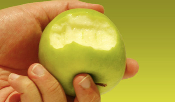 Apples- Home Remedies for Pneumonia