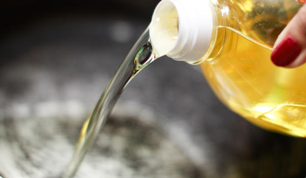 Cooking Oil - Home Remedies for White Teeth