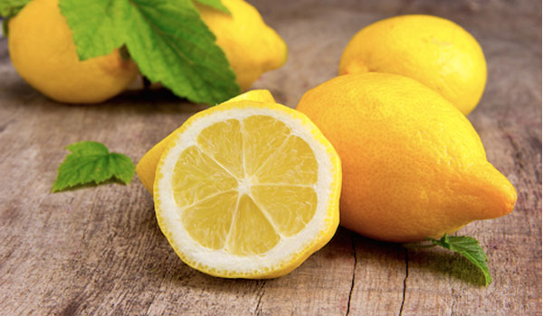Lemon - Home Remedies for Pneumonia