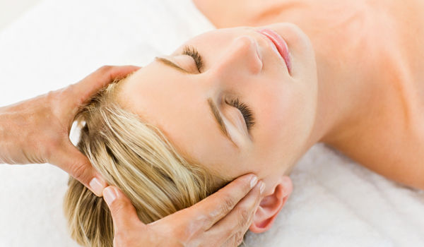 Scalp Massage - Home Remedies for Dry Scalp