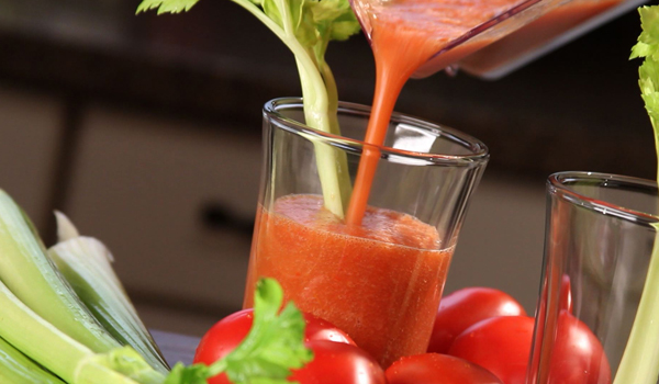 Tomato Juice - Home Remedies for Dry Scalp