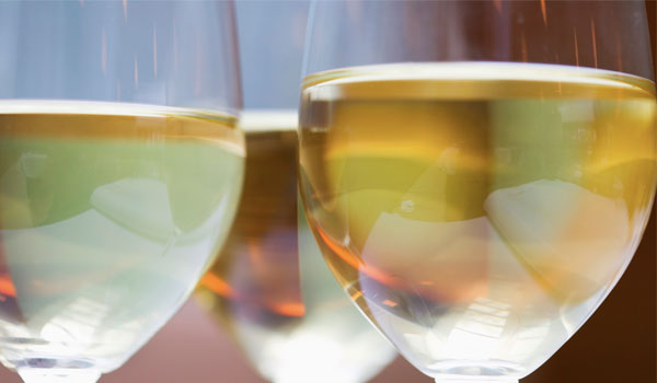 White Wine - How to Get Rid of Clogged Pores