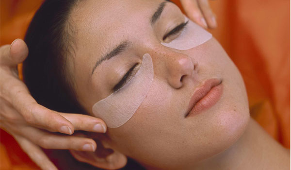 Eye Massage - How to Get Rid of Puffy Eyes