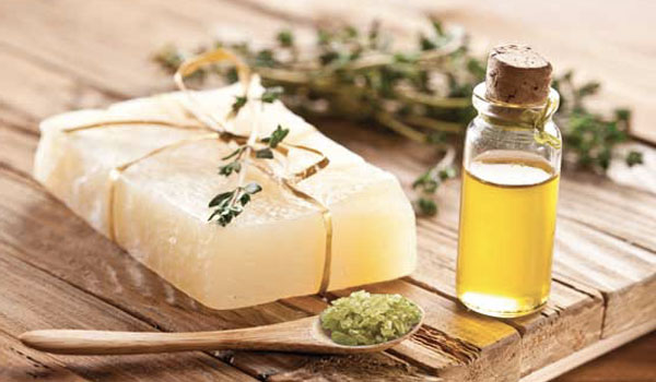 Tea Tree Oil - Home Remedies for Ear Discharge