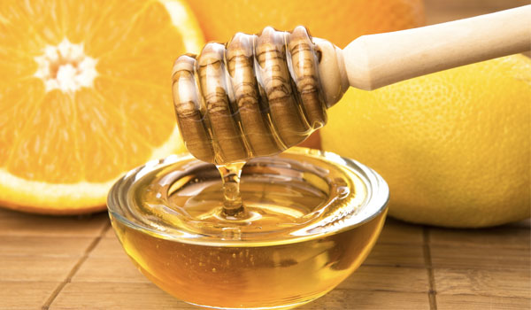 Honey - Home Remedies for Sore Throat