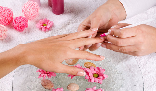 Massage Nail - How to Make Your Nails Stronger