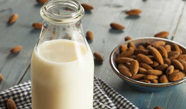 Almond Milk - Home Remedies for Dizziness