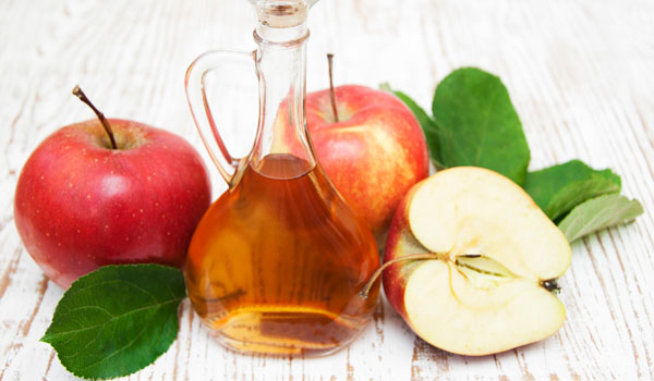 Apple Cider Vinegar - Home Remedies for Greasy Hair