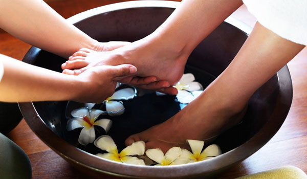 Foot Massage - Home Remedies for Restless Legs Syndrome