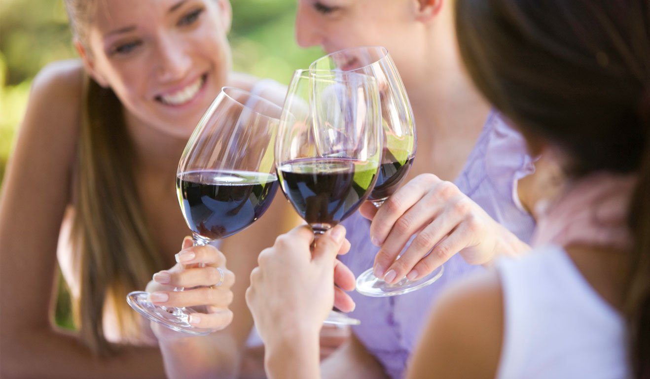 13 Reasons to Drink a Glass of Wine Every Day
