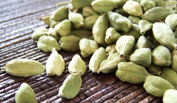 Cardamom - How to Get Rid of Dry Mouth