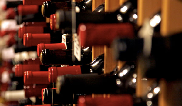 Wine lowers the risk of colon cancer - 13 Reasons to Drink a Glass of Wine Every Day