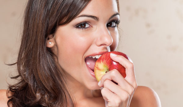 Apples benefits the skin - Great Health Benefits of Apples