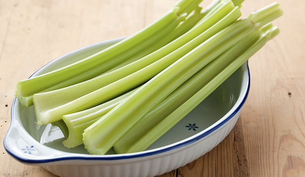 Celery reduces cholesterol - Health Benefits of Celery