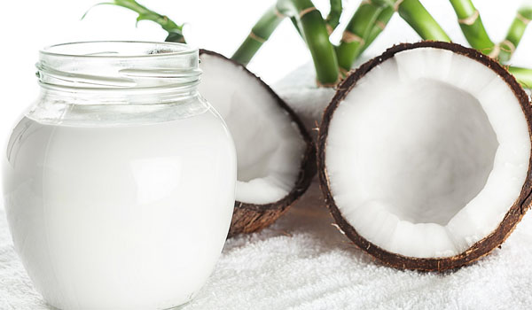 Coconut Milk - Home Remedies for Mouth Ulcer
