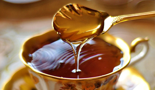 Honey - Home Remedies for Food Poisoning