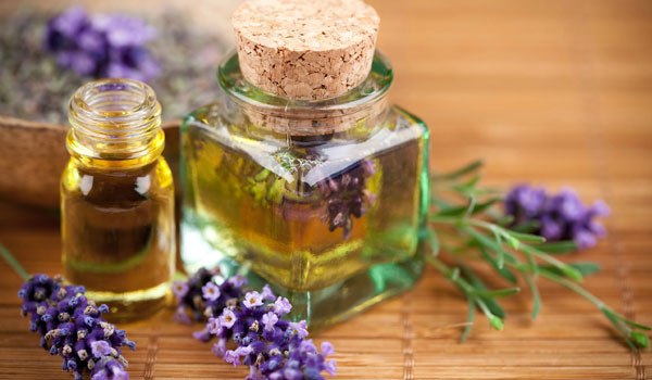 Lavender Oil - Home Remedies for Breast Pain