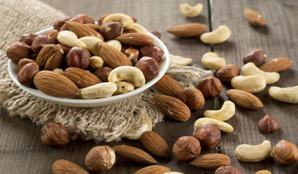 Nuts - Top Superfoods for Diabetics