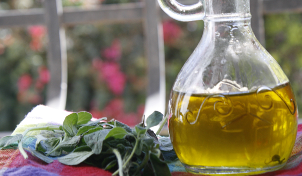 Oregano Oil - How To Get Rid Of Herpes