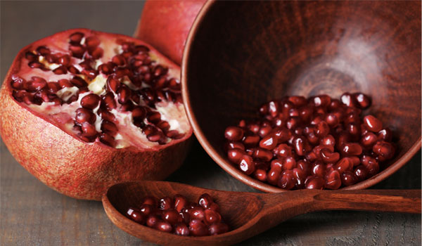 Pomegranate - Top Natural Foods to Prevent Cancer