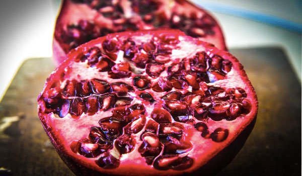 Pomegranates improve osteoarthritis - Health Benefits of Pomegranates