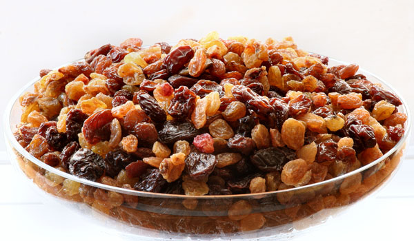 Raisins - Home Remedies for Constipation in Infants