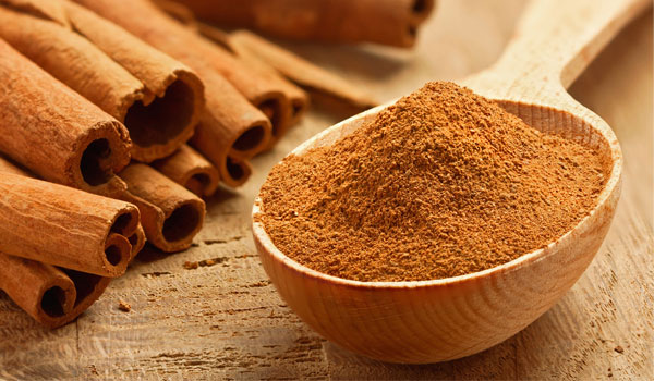 Cinnamon - Home Remedies for Sagging Skin