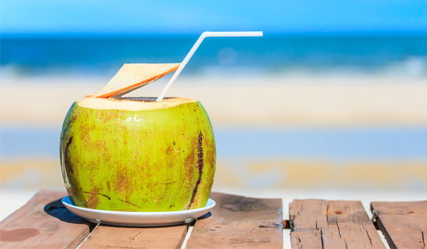 Coconut Water - Home Remedies to Reduce Body Heat