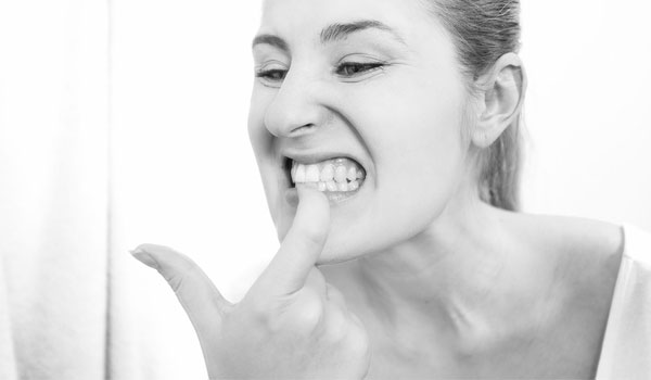 Gum Massage - Home Remedies for Denture Pain