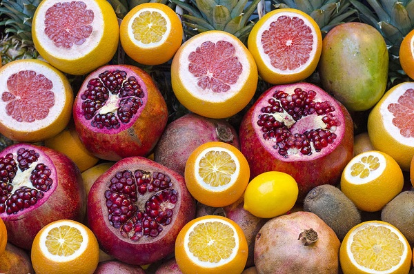 Pomegranate and lemon - Home Remedies for Kidney Infections