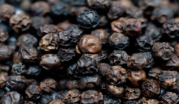 Black Pepper- Home Remedies for Rheumatoid Arthritis