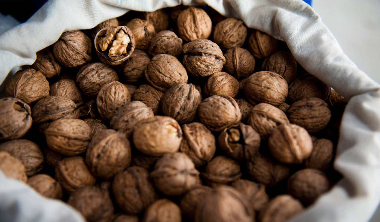 Top 10 Walnuts Health Benefits