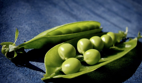 Green Peas - Top Superfoods for Hair