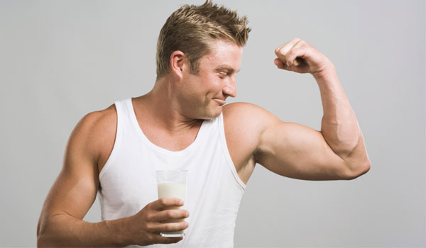 Milk - Top Superfoods for Muscle Building