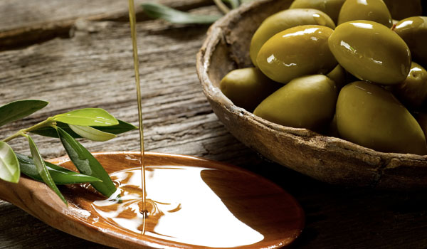 Olive Oil - Top Superfoods for A Healthy Kidney