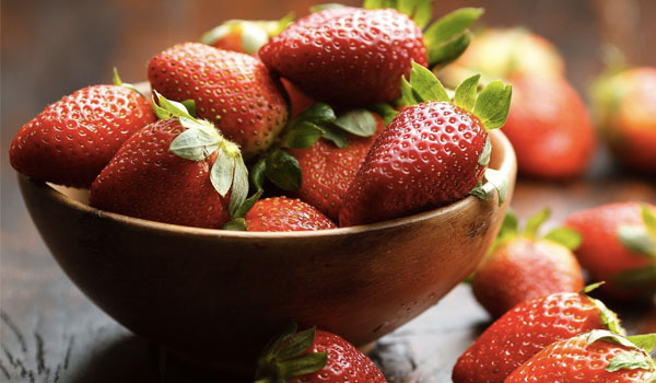 Strawberries - Top Superfoods for Women