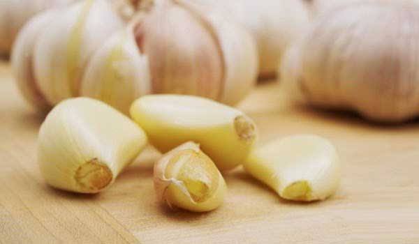 Garlic - How To Get Rid Of Skin Tags