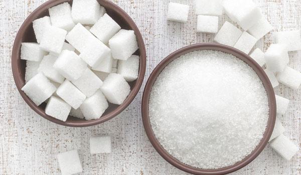sugar-how to lighten dark lips