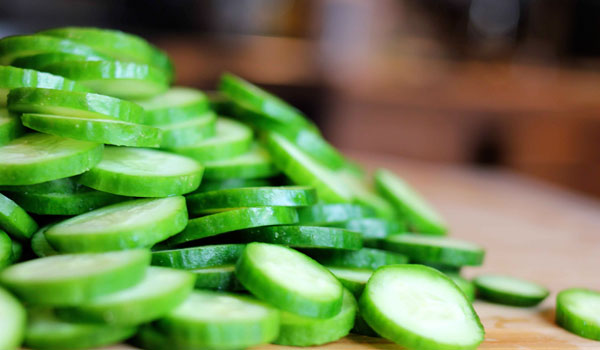 Cucumber- Home Remedies for Peeling Skin