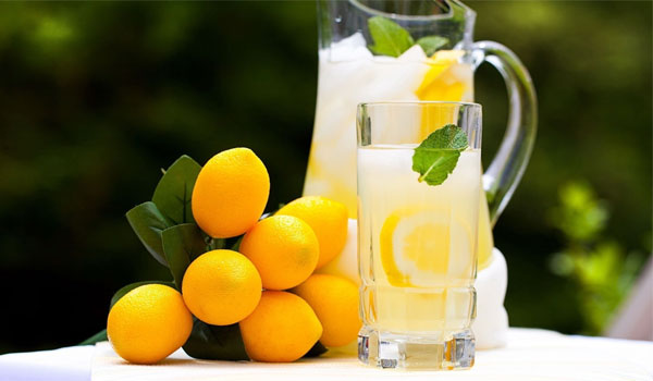 Lemon-Juice- Home Remedies for Peeling Skin