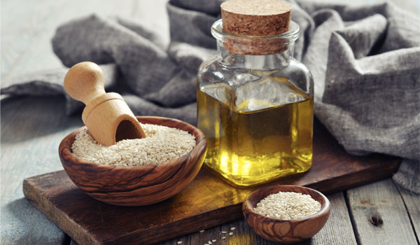 Sesame-Oil - Home Remedies for Peeling Skin