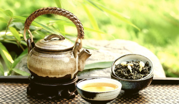 Green Tea - Home Remedies for Astigmatism