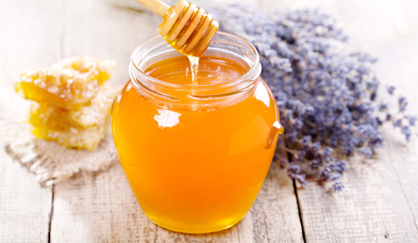 Manuka Honey - Home Remedies for Tinea Versicolor